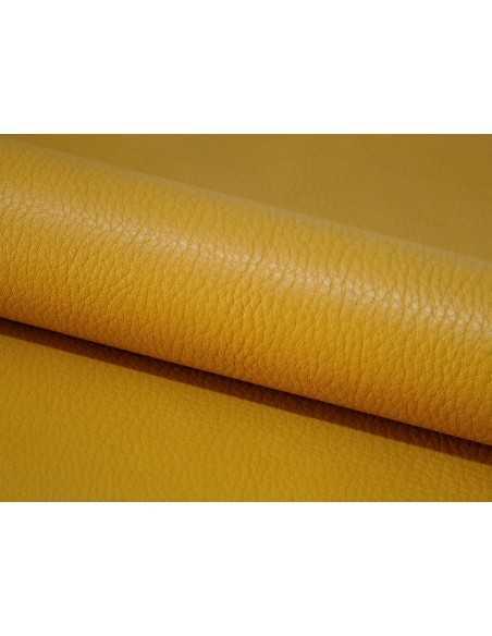 Piel vacuno en color Golden, un tono alegre y veraniego ideal para bolsos