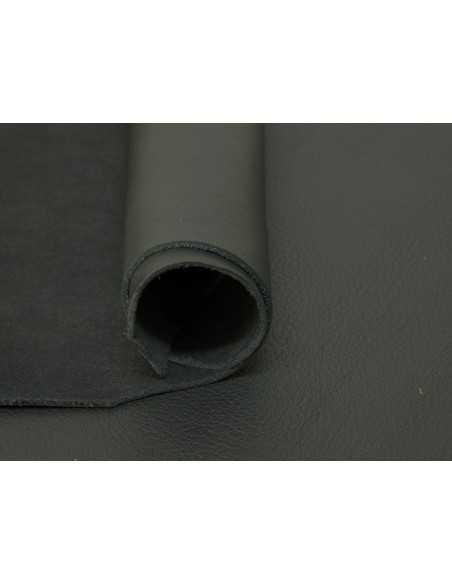 Color negro en piel ternera, una apuesta segura para fabricar bolsos y otros artículos de marroquinería