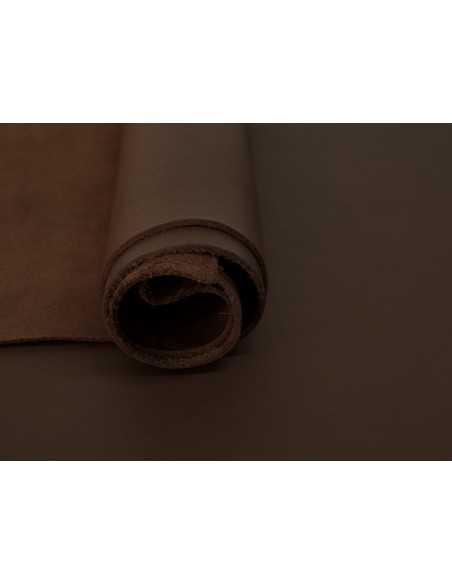 Tono Marrón cuero ternera, un color que nunca falla en los artículos de piel